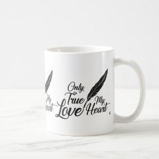 Caneca De Café Pena verdadeira do amor da ilustração