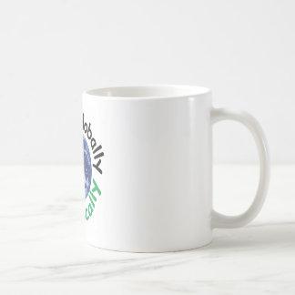 Caneca De Café Pense global o ato localmente