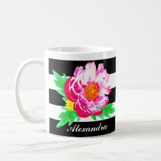 Caneca De Café Peônia cor-de-rosa da aguarela do monograma na
