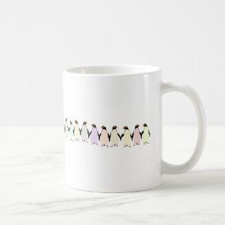 Caneca De Café pinguins pastel que guardaram o copo das mãos