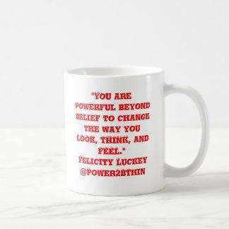 Caneca De Café Poderoso além da opinião