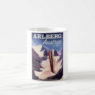 Caneca De Café Poster de viagens do esqui de Arlberg Áustria