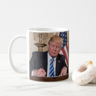 Caneca De Café Presidente Donald Trump