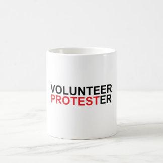Caneca De Café Protestador voluntário