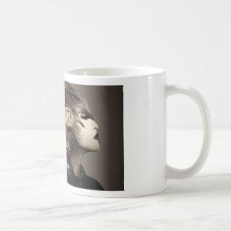 Caneca De Café Pulso de disparo surreal do leme da mulher do