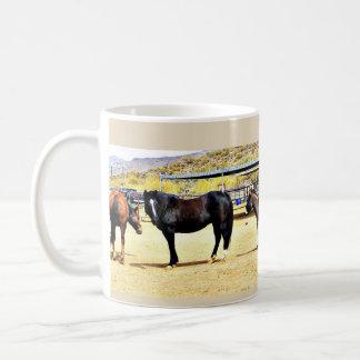 Caneca De Café Quatro cavalos e um copo de café do asno