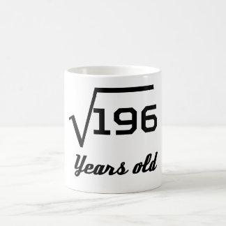Caneca De Café Raiz quadrada de 196 14 anos velho