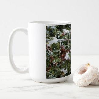 Caneca De Café Ramo de árvore congelado do cedro