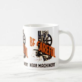 Caneca De Café Seja maquinaria próxima cuidadosa