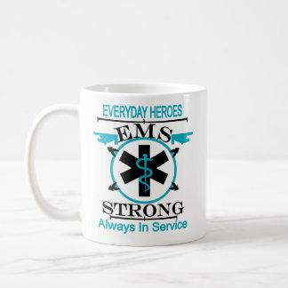 Caneca De Café Semana do serviço médico da emergência que honra o