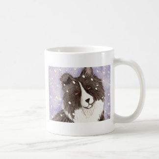 """Caneca De Café """"Sheepdog de Shetland preto do Bi nevado de"""