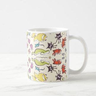 Caneca De Café Simetria bonito colorida do pardal do gato do cão
