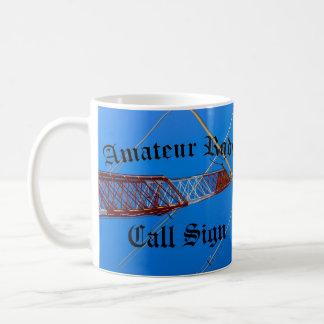 Caneca De Café Sinal amador Blackletter do rádio e de chamada