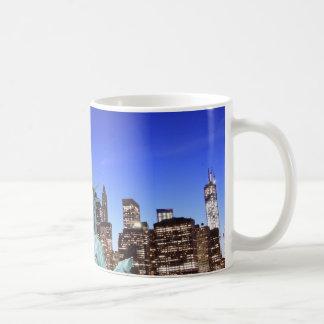 Caneca De Café Skyline de Manhattan e a estátua da liberdade