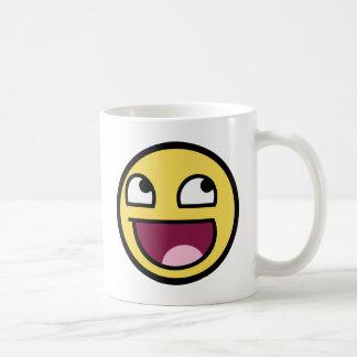 Caneca De Café Smiley impressionante da cara