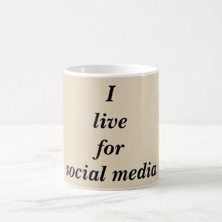 Caneca de café social engraçada das citações dos