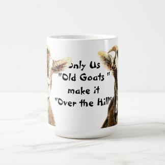 Caneca De Café Somente nós cabras velhas fazem-no sobre o