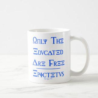 Caneca De Café Somente o educados estão livres