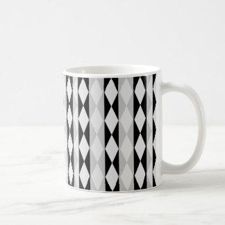 Caneca De Café Teste padrão branco e cinzento preto do diamante