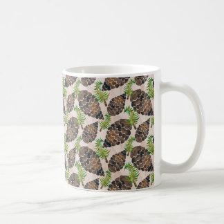 Caneca De Café Teste padrão do cone do pinho da aguarela