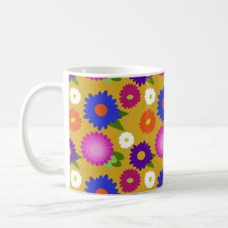 Caneca De Café Teste padrão floral das flores amarelas da