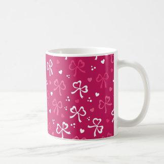 Caneca De Café Teste padrão rosa vermelha dos corações das fitas