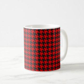 Caneca De Café Teste padrão vermelho e preto de Houndstooth