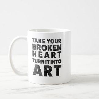 Caneca De Café Tome-á sua volta do coração quebrado na arte
