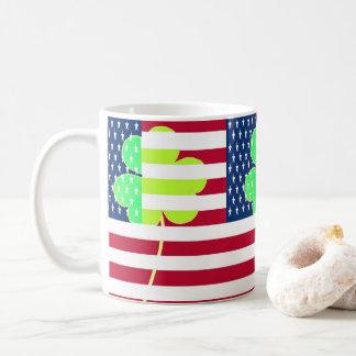 Caneca De Café Trevo irlandês St Patrick do trevo da bandeira