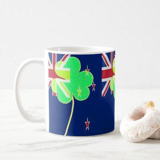 Caneca De Café Trevo St Patrick do trevo da bandeira de Nova