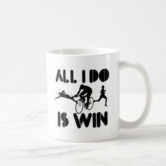 Caneca De Café Tudo que eu faço é vitória no Triathlon