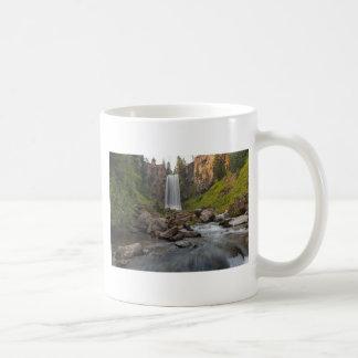 Caneca De Café Tumalo majestoso cai em Oregon central EUA