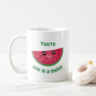 Caneca De Café Um em uma melancia bonito engraçada de Kawaii do