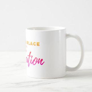 Caneca De Café Um lugar das mulheres está na revolução -