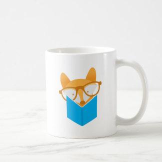 Caneca De Café uma leitura bonito da raposa