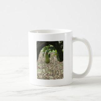 Caneca De Café Única pera verde que pendura na árvore
