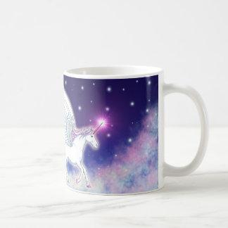 Caneca De Café Unicórnio alado com estrelas