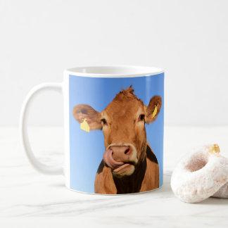 Caneca De Café Vaca do jérsei que lambe seu nariz