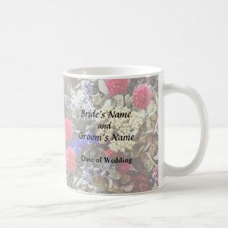 Caneca De Café Variedade das flores secadas que Wedding fontes