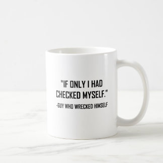 Caneca De Café Verificado antes das citações engraçadas