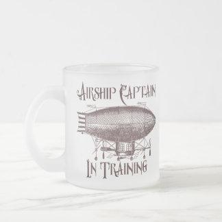 Caneca De Café Vidro Jateado Capitão do dirigível no treinamento, Steampunk