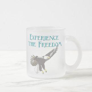 Caneca De Café Vidro Jateado Experimente a liberdade
