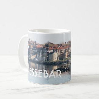 Caneca De Café Vista na cidade búlgara famosa Nessebar