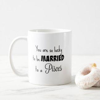 Caneca De Café Você é tão afortunado para ser casado ao peixes