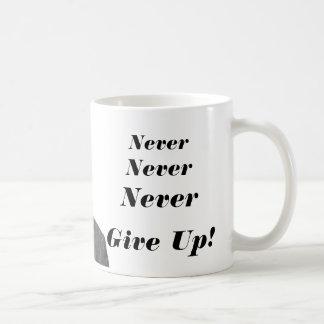 Caneca De Café Winston Churchill - nunca nunca nunca dê acima!