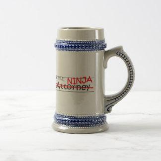 Caneca De Cerveja Advogado de Ninja da posição
