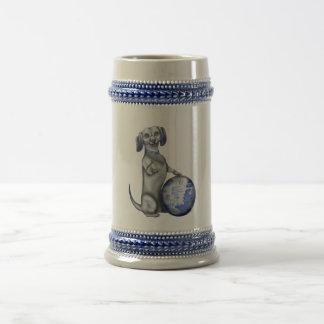Caneca de cerveja azul do Dachshund do salgueiro