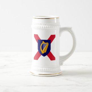 Caneca de cerveja de Ireland - protetor da cruz &