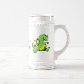 Caneca De Cerveja Dragão verde dos desenhos animados que anda em