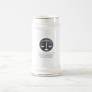 Caneca De Cerveja Escalas elegantes do escritório de advogados de